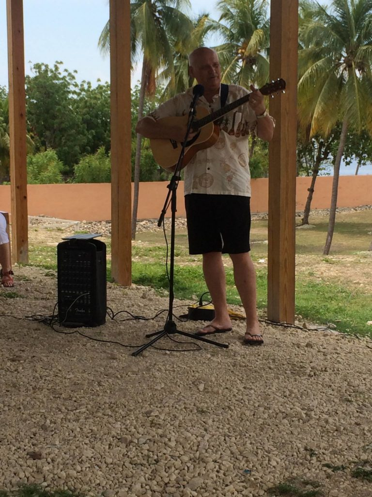 Stan Singing